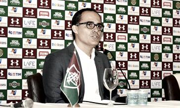 """Abad pede desculpas a Cavalieri e outros jogadores dispensados por tratamento: """"Decisão equivocada"""""""