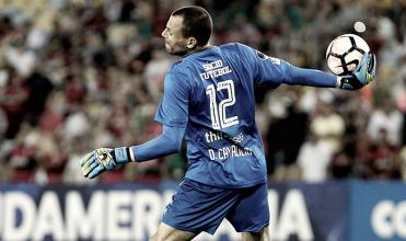 Singela homenagem: Fluminense 'aposenta' camisa 12 para goleiros durante gestão Abad