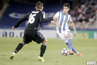 La Real Sociedad hace oficial el traspaso de Yuri Berchiche al PSG