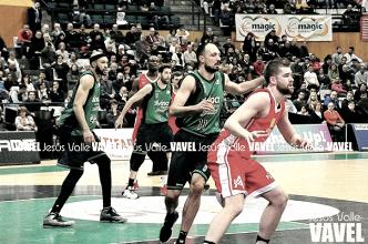 Un mate de Luka Bogdanovic le da la victoria al Divina Seguros Joventut