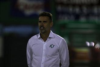 """Vagner Mancini elogia desempenho da Chapecoense: """"Fizemos um grande jogo"""""""