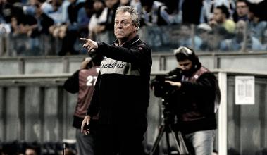 "Abel Braga lamenta desfalques e derrota contra o Grêmio: ""Pagamos o preço da maratona"""
