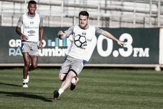 Renato confirma desfalques e mudanças para enfrentar Avaí na Arena do Grêmio
