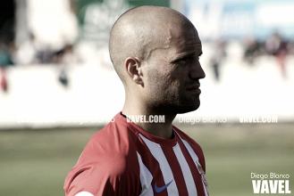 Alberto Lora y Álex López son las bajas del Sporting para medirse al Rayo Vallecano