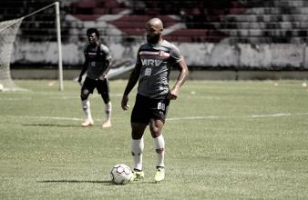 Fechando último treinamento, Martelotte ganha retorno de Tiago Costa e João Paulo