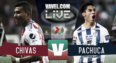 Con polémica incluída, Chivas y Pachuca empatan a uno