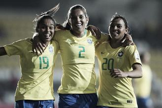 Com direito a gol olímpico, Brasil goleia Bolívia e segue invicto na Copa América Feminina