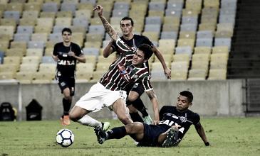 Santos bate Fluminense e conquista primeira vitória fora de casa no Brasileiro