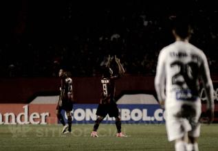 Autor de um dos gols, Éderson lamenta chances perdidas do Atlético-PR