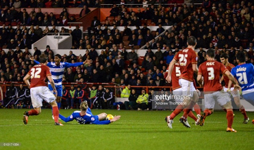 Nottingham Forest vs Queens Park Rangers Preview: Can the Reds get back to winning ways against in-form Rangers?