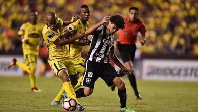 Botafogo perde para o Barcelona na Copa Libertadores (0-2)