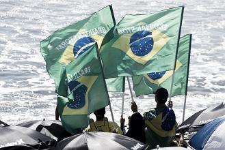 Em busca de um sonho: brasileiros superam repescagem e seguem no circuito mundial de surfe