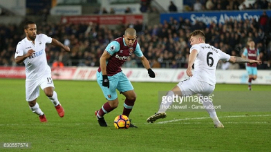 "West Ham's Sofiane Feghouli looking foreard to taking on ""two brothers"" ahead of Leicester clash"
