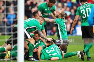 Burnley 0-1 Lincoln City: Raggett heads Imps into quarter-finals