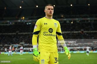 Manchester United keeper Sam Johnstone close to securing Aston Villa move