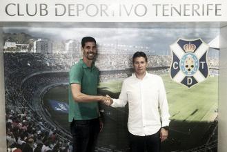 Dani Hernández renovó por dos años con el CD Tenerife