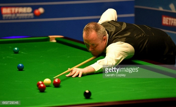 John Higgins and Ding Junhui earn comfortable victories but Judd Trump is pegged back