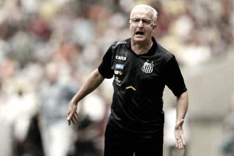 """Dorival diz que o Santos fez grande partida e achou o resultado injusto: """"Não merecíamos perder"""""""