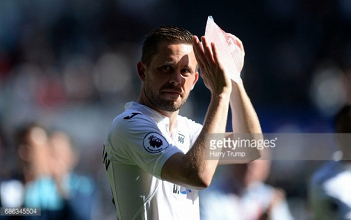Swansea City reportedly slap £50m price tag on GylfiSigurdsson