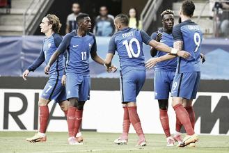 Deschamps vê goleada diante do Paraguai como 'satisfatória' e já pensa na Suécia