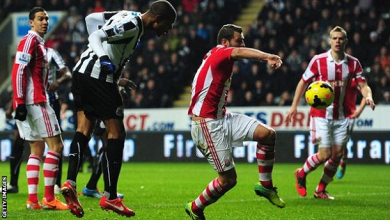 Stoke City v Newcastle United- Pardew demands more from his players