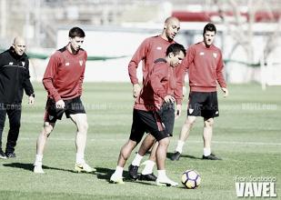 El Sevilla vuelve a contar con Lenglet en los entrenamientos
