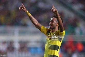 Aubameyang set to stay at Borussia Dortmund