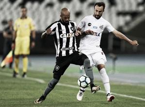 Botafogo faz ótimo primeiro tempo, derrota Santos e segue no G-6