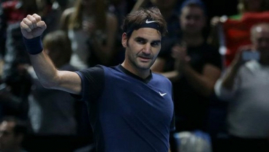 Federer surprend Djokovic