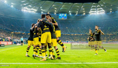 Hamburger SV 0-3 Borussia Dortmund: BVB set records in another convincing victory