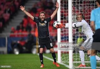 SL Benfica 0-1 Manchester United: Rashford's quick thinking seals vital win for Mourinho's men in Portugal