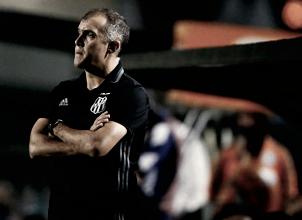 Após demitir Sandro Forner, Coritiba anuncia Eduardo Baptista como novo técnico da equipe