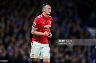 Manchester United defender Phil Jones proclaims Red Devils can emulate Manchester City 2012 comeback