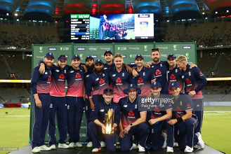 Curran five-for leads England to 12-run win, handing them a4-1 ODI series victory in Australia