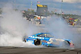 NASCAR - Pocono : Kahne brille devant Gordon
