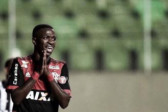 """Vinicius Jr. quer permanecer no Flamengo em 2018: """"Depois que conquistar a Libertadores posso ir"""""""