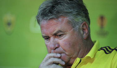 Hiddink renueva un año más con el Anzhi