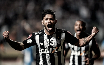 Carlos celebra apoio de Oswaldo de Oliveira e espera aprender com novos companheiros de equipe