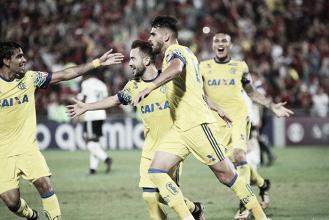 """Éverton Ribeiro comemora triunfo e ressalta: """"Estávamos precisando da vitória"""""""