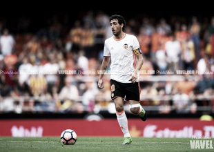 El Valencia CF pone a Parejo en la rampa de salida y a Cancelo a la espera