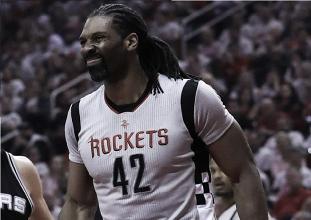 Nenê tem lesão na coxa confirmada e desfalca Houston Rockets nos playoffs