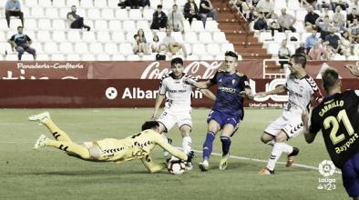 El Cádiz saca un punto en el último suspiro