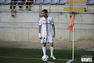 Álex Gallar apunta al Huesca