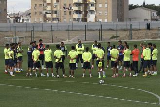 El Granada CF realizará cinco entrenamientos antes de recibir al Lorca
