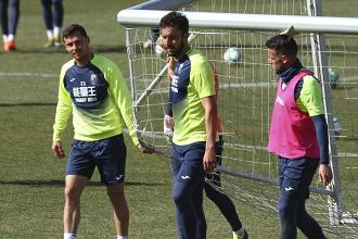 Montoro, única ausencia en el entrenamiento del Granada CF