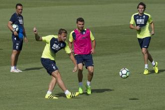 Cinco entrenamientos del Granada CF antes de visitar al Alcorcón