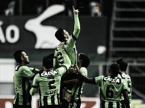 Com dois gols de Ruy, América-MG derrota Boa Esporte e se mantém no G-4
