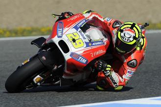MotoGP, Iannone out anche a Phillip Island: Barbera ancora in sella alla Ducati