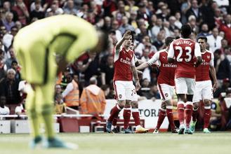 Arsenal supera Everton com um a menos, mas fica de fora da UCL após 20 temporadas