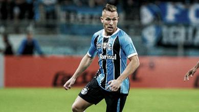 Destaque do Grêmio, Goiás recebe quantia por venda de volante Arthur ao Barcelona
